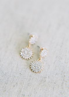 Gold wedding earrings with sparkle