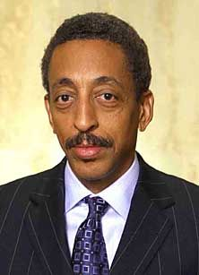 "Gregory Hines His a Fantastic Dancer Like Sammy Davis Jr. I love them both In the Movie "" Taps"" A Must see Film. It's a Real Great Tribute film for them Both? Black Actors, Black Celebrities, Celebs, Hooray For Hollywood, Hollywood Star, Black People, We The People, Gregory Hines, Divas"