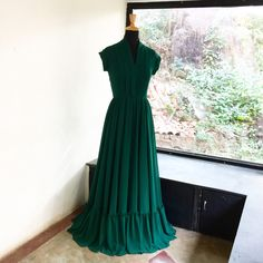 Order contact my WhatsApp number 7874133176 Indian Designer Outfits, Designer Dresses, Designer Wear, Simple Anarkali Suits, Indian Long Frocks, Simple Frocks, Western Wear Dresses, Dress Design Sketches, Frock For Women