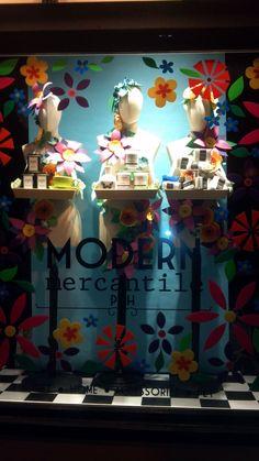 Visual Merchandising   Dicas e fotos de vitrines para o Dia das Mães