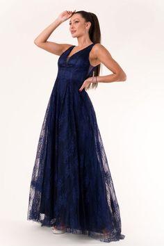 Rochie de seara lunga bleumarin Katherine - 455 Lei -  Fabricat in Europa -   40% BAWEŁNA,  40% NYLON,  20% POLIESTER -   Comanda acum!  #divashopromania #divashop #rochii #rochiideseara  #fashion #fashionista #fashionable #fashionaddict #styleoftheday #styleblogger #stylish #style #instafashion #lifestyle #loveit #summer #americanstyle #ootd #ootdmagazine #outfit #trendy #trends #womensfashion #streetstyle #streetwear #streetfashion #shopping #outfitoftheday #outfitinsp Fashion Addict, Outfit Of The Day, Diva, Street Wear, Street Style, Formal, Stylish, Womens Fashion, Blue