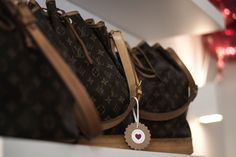 Glück & Glanz - Vintage Louis Vuitton & MCM - 100% Original | Eröffnungsfeier