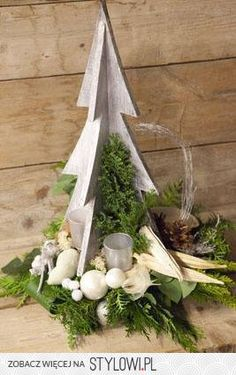 Yule style!! DIY!! Noel Christmas!! Wood Christmas Tree centerpiece! Perfect for parties or weddings!