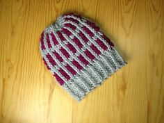 How to Loom Knit a Two-Tone Striped Hat (DIY Tutorial) - YouTube