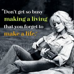 Dollyisms: The Best of Dolly Parton's Twitter Wisdom