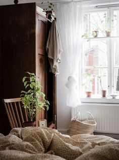 Country Home Decor For Sale. Want To Find Out About Home Decorating? Cheap Bedroom Decor, Cheap Home Decor, Home Decoration, Home Interior, Interior Design, Design Design, Blog Deco, Country Style Homes, Scandinavian Home