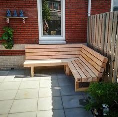 Discover recipes, home ideas, style inspiration and other ideas to try. Garden Furniture Design, Wood Patio Furniture, Cottage Garden Design, Diy Outdoor Furniture, Outdoor Decor, Small Backyard Patio, Backyard Patio Designs, Outdoor Pergola, Outdoor Seating