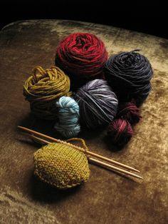 "noperfectdayforbananafish: "" Bee Keeper's Quilt: scrap yarn from Ifandany! (by…"