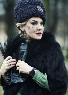 Russian style in fashion. Renata Litvinova is a Russian actress, film director and screen writer. She has a bright personal style.