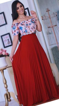 Floral Skirt Outfits, Long Skirt Outfits, Chic Outfits, Pretty Outfits, Girl Outfits, Jw Moda, Dress Skirt, Lace Dress, Vetement Fashion