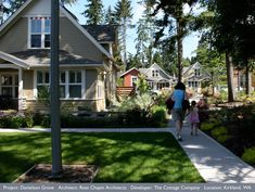 Would You Live In A Pocket Neighborhood? Co Housing Community, Tiny House Community, Pocket Neighborhood, New Housing Developments, Small Cottages, Small Houses, Tiny House Village, New Urbanism, Tiny House Living