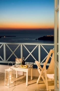 Absolute Bliss Imerovigli Suites (superior caldera view room) http://hoteldeals.holipal.com/absolute-bliss-imerovigli-suites-superior-caldera-view-room/ #AbsoluteBlissImerovigliSuitessuperiorCalderaViewRoom, #Greece