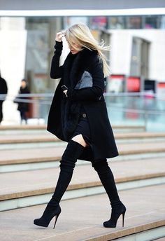 Image via We Heart It https://weheartit.com/entry/151684238 #black #blonde #boots #clutch #coat #fashion #hair #long #shorts #straight #style #total #waves #overknee