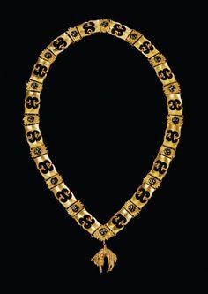 Fifteenth-century collar of the Order of the Golden Fleece. (Kunsthistorisches Museum, Wien/Habsburger.net)