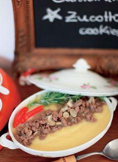 Ragu de filé-mignon com polenta trufada (Foto: Casa e Comida)