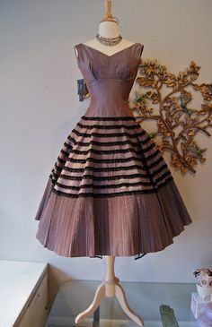 1950s Couture Party Dress- Joan Barrie. Xtabay my-style