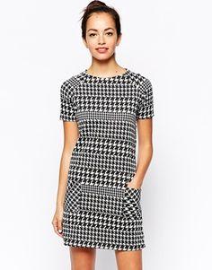 Image 1 ofNew Look Dogtooth Print Shift Dress