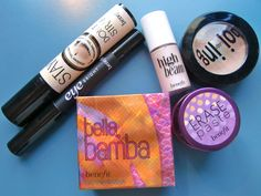 Benefit's stay don't stray is a very great primer and concealer love all the products in this picture