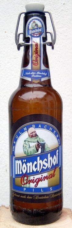 Cerveja Mönchshof Pils, estilo German Pilsner, produzida por Kulmbacher Brauerei, Alemanha. 5% ABV de álcool.