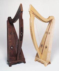 Luna wire harp (walnut & maple) from Triplett Harps