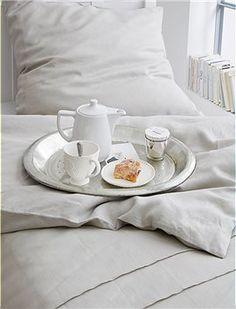 Leinen Bettwäsche Schöne Bettwäsche für höchste Ansprüche. Die edle Bettwäsche ist aus vorgewaschenem Leinen in natur, mit Knöpfen zum schli...