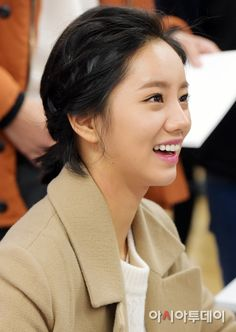 151223 Ghana Chocolate Fansign Lee Hyeri, Girl's Day Hyeri, South Korean Girls, Korean Girl Groups, Girl Day, Korean Beauty, Beautiful Women, Korean Idols