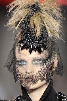 Christian Lacroix lace headpiece www.fashion.net