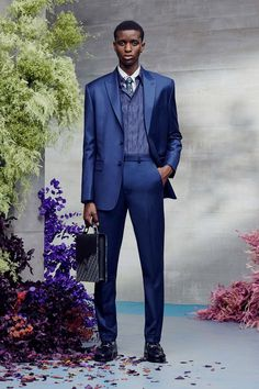 Dior Men Resort 2021 Menswear - Fashionably Male Men Fashion Show, Fashion Hub, Fashion News, Runway Fashion, Fashion Beauty, Mens Fashion, Dior Men, Men Store, Double Breasted Jacket