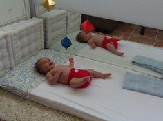 Los móviles de bebé Montessori - Montessori baby mobiles • Montessori en Casa