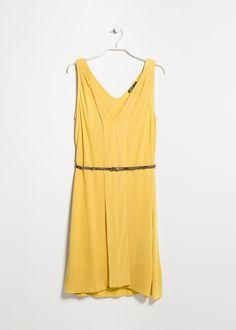 Lovely spring dress!