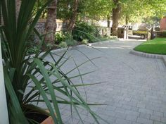 Marshalls Drivesett Tegula Driveway in a Grey colour with Key Kerb edging. Liverpool Merseyside. http://www.abellandscapes.co.uk/liverpool-driveways