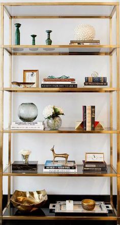 Stunning Bookshelf Styling: 132 Best Practice Ideas www. Stunning Bookshelf Styling: 132 Best Practice Ideas www.futuristarchi… Stunning Bookshelf Styling: 132 Best Practice Ideas www. Bookshelf Styling, Bookshelf Design, Bookshelf Decorating, Bookshelf Ideas, Decorating Ideas, Decor Ideas, Interior Design Living Room, Living Room Decor, Bedroom Decor