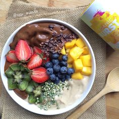 Maca Superfood Smoothie🍌 Happy Friday my loves!!! I just added a quick post to…