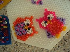 A Knitting Mutters Universe: Hama owls in a row.