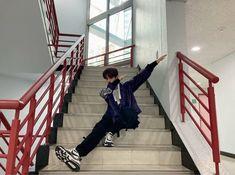 Australian Boys, Kids Around The World, Stray Kids Seungmin, Kids Icon, Lee Know, Lee Min Ho, South Korean Boy Band, Boy Bands, Boy Groups