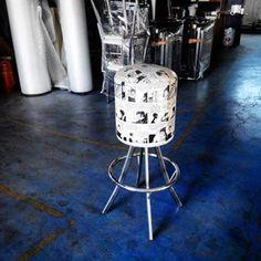 Instagram Feed Cafe Furniture, Restaurant Furniture, Restaurant Chairs, Cafe Chairs, Metal Furniture, Metal Stool, Metal Chairs, Industrial Design, Stools