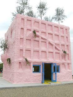 Gaetano Pesce pink pavilion