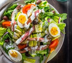Salad Recipes Ultimate Caesar Salad with grilled chicken, croutons, tomatoes, bacon, hard-boil… Chicken Caesar Salad, Grilled Chicken Salad, Salad With Chicken, Chicken Wraps, Healthy Salads, Healthy Eating, Healthy Recipes, Simple Salad Recipes, Healthy Cooking Recipes
