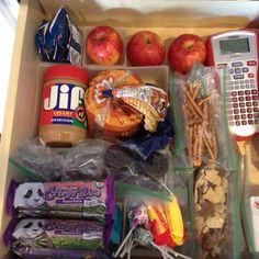 How to set up a school lunch drawer. Makes it easy for kids to make their own lunches.