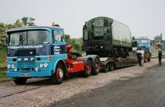 ERF - Leicester Heavy Haulage Heavy Duty Trucks, Heavy Truck, Vintage Trucks, Old Trucks, Old Lorries, Big Wheel, Transporter, Commercial Vehicle, Classic Trucks