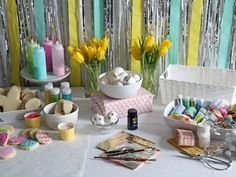 Fun Easter Projects for the Family >>> http://blog.diynetwork.com/maderemade/2015/03/26/easy-easter-diy-projects-for-the-family/?soc=pinterest