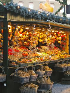 Christmas market.  Repinned by www.mygrowingtraditions.com