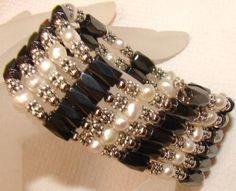 Freshwater Pearls Magnetic Wrap w FREE PR EARRINGS