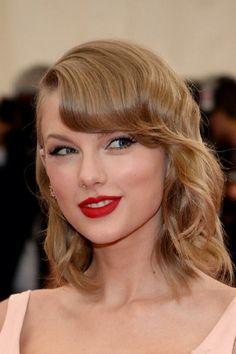 Taylor at the Met Gala :)