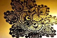 gorgeous owl doily. this could be a stunning tattoo.