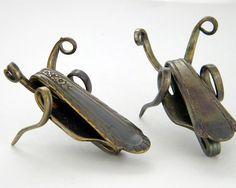 Bonne chance Cricket Sculpture recyclé par WirestormCreations
