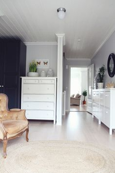 BEDROOM: ikea tundra flooring? Hemnes dresser. COLORS. LOVE this ceiling ~!~ tinywhitedaisies
