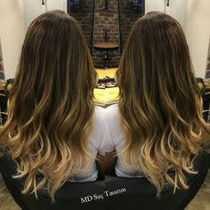 Ombre ile saç uçlarınızdaki yeni dünyanın keyfini çıkarın ✌✌ #ombre #mdfarki #izmir #kuaför #izmirdekuaför #hairstyle #hairfashion #hairdesign #hairdresser #hairsalon #hairfashion #instahair #hair #saç #haircolor #hairofinstagram #ombrehair #ombrebalayage #efsanesaclar #exclusivesalon #mdsactasarim