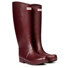 Shop our collection of iconic Hunter rain boots for women, men and kids. Hunter Wellington Boots, Boot Storage, Equestrian Boots, Walk In My Shoes, Hunter Rain Boots, Kids Boots, Riding Boots, Cool Style, Burgundy