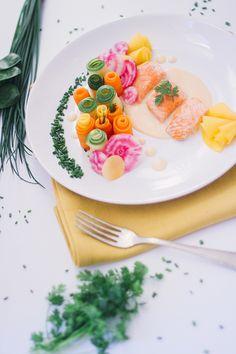 Jardin de légumes, saumon sauce au beurre blanc